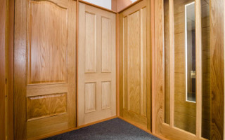 Solid Oak Veneer Doors